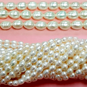 FRESHWATER PEARL RICE 4.5-5MM WHITE