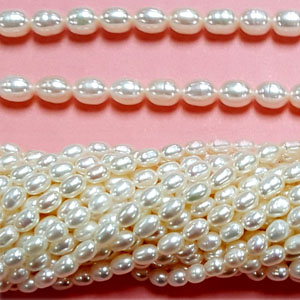 FRESHWATER PEARL RICE 5-5.5MM WHITE