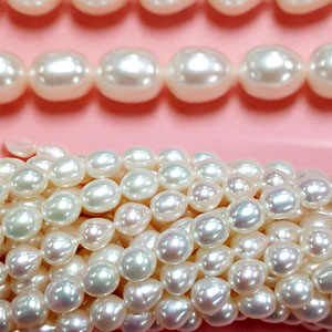 FRESHWATER PEARL RICE 8-9MM WHITE