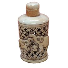 OX BONE CARVED SNUFF BOTTLE HOLLOW RELIEF ELEPHANT