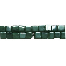 DYED JADE SQUARE 04MM GREEN