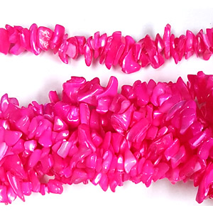 MOP DYED FUCHSIA COLOR CHIPS( 5 STRS)