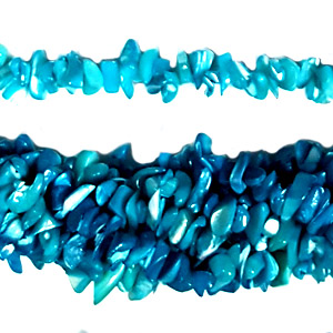 MOP DYED TURQUOISE CHIPS ( 5 STRS)