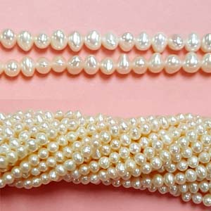 FRESHWATER PEARL POTATO 03-4MM WHITE